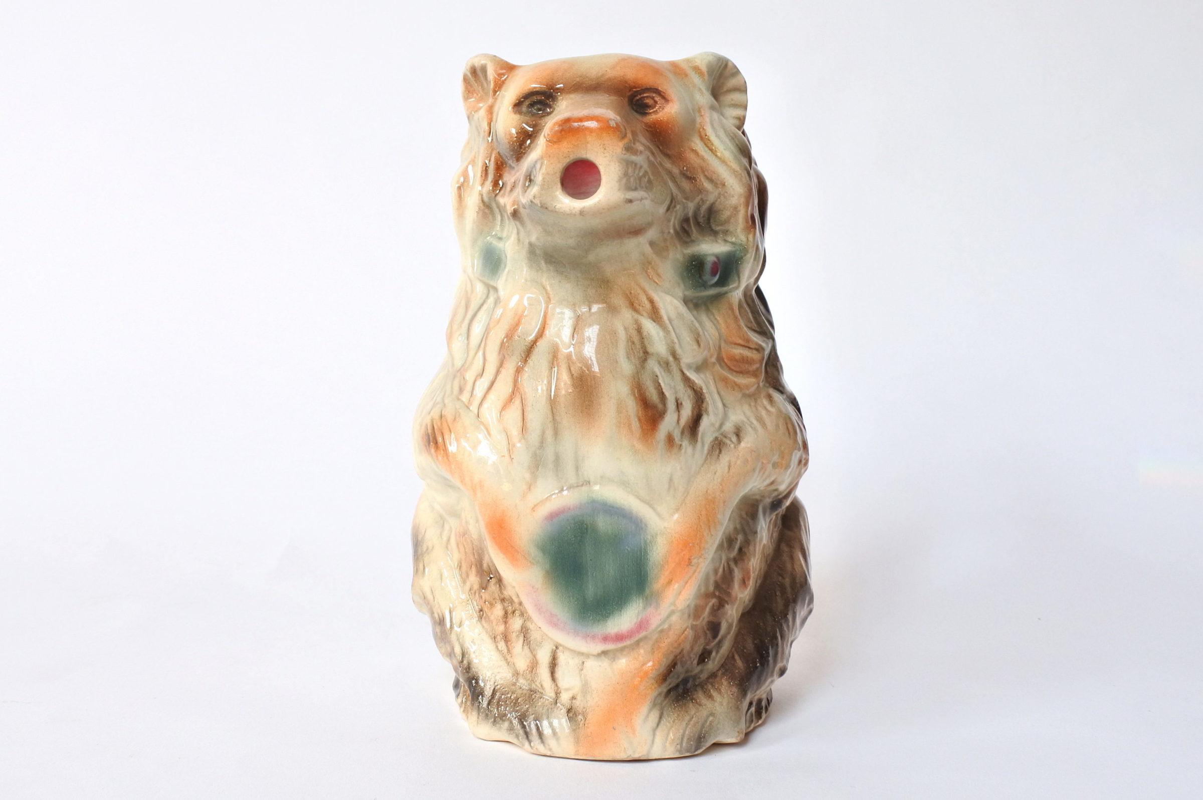 Brocca in ceramica barbotine a forma di orso con tamburo - 5