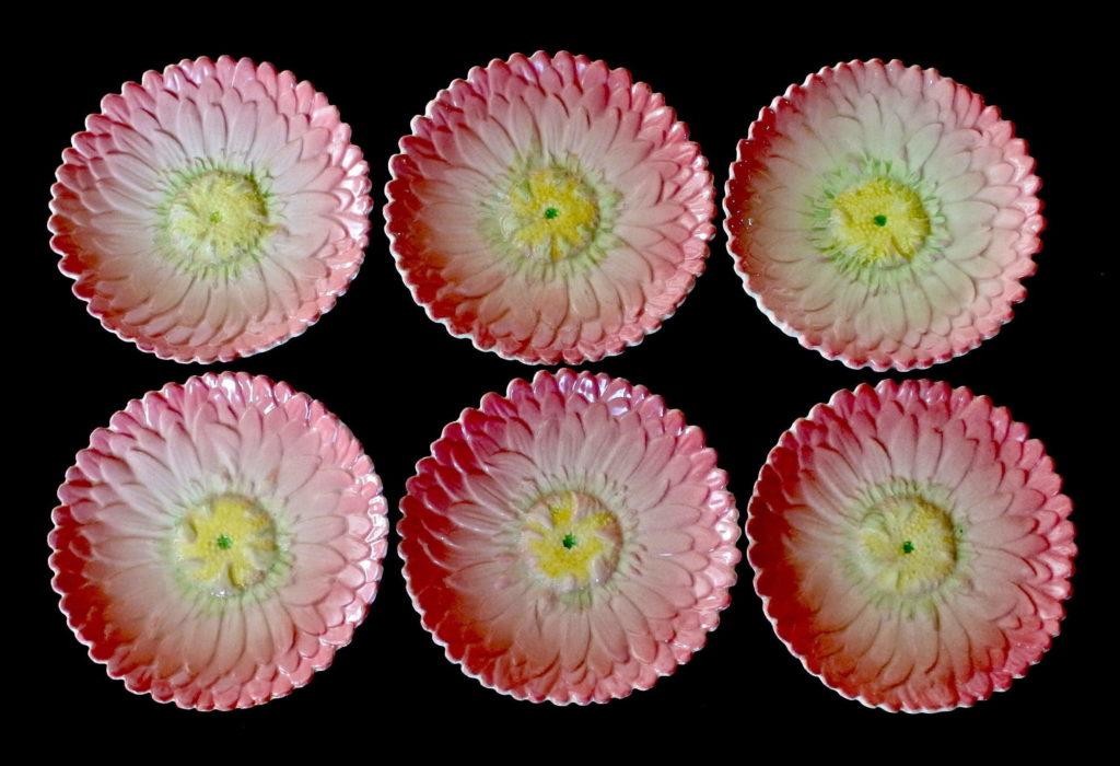 6 piatti in ceramica barbotine a forma di dalia - Delphin Massier