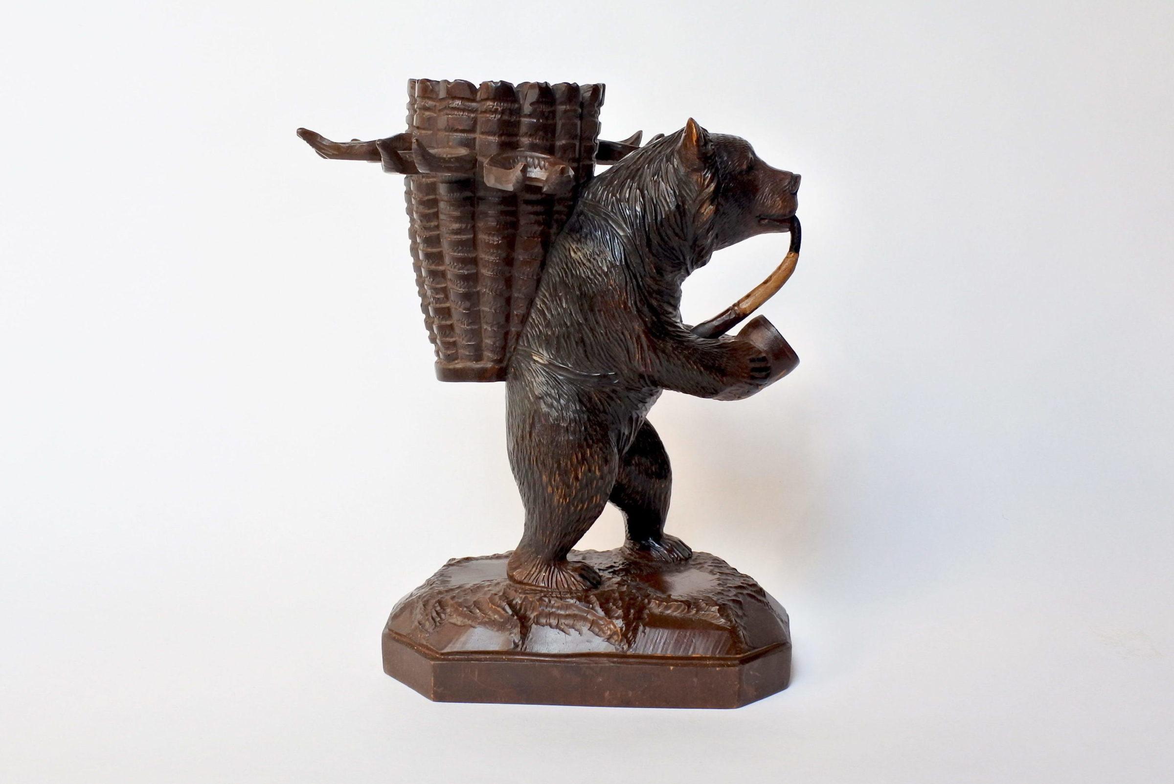Orso in legno scolpito foresta nera con funzione di portabottiglia e bicchierini - 9