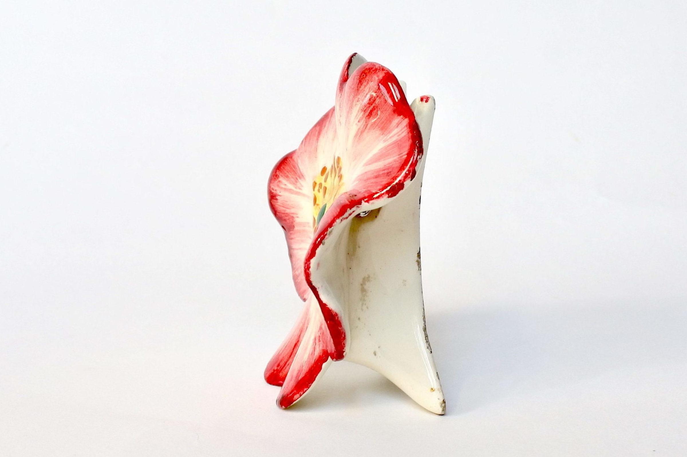 Porta menu o segnaposto in ceramica barbotine a forma di rosa canina - Massier - 2