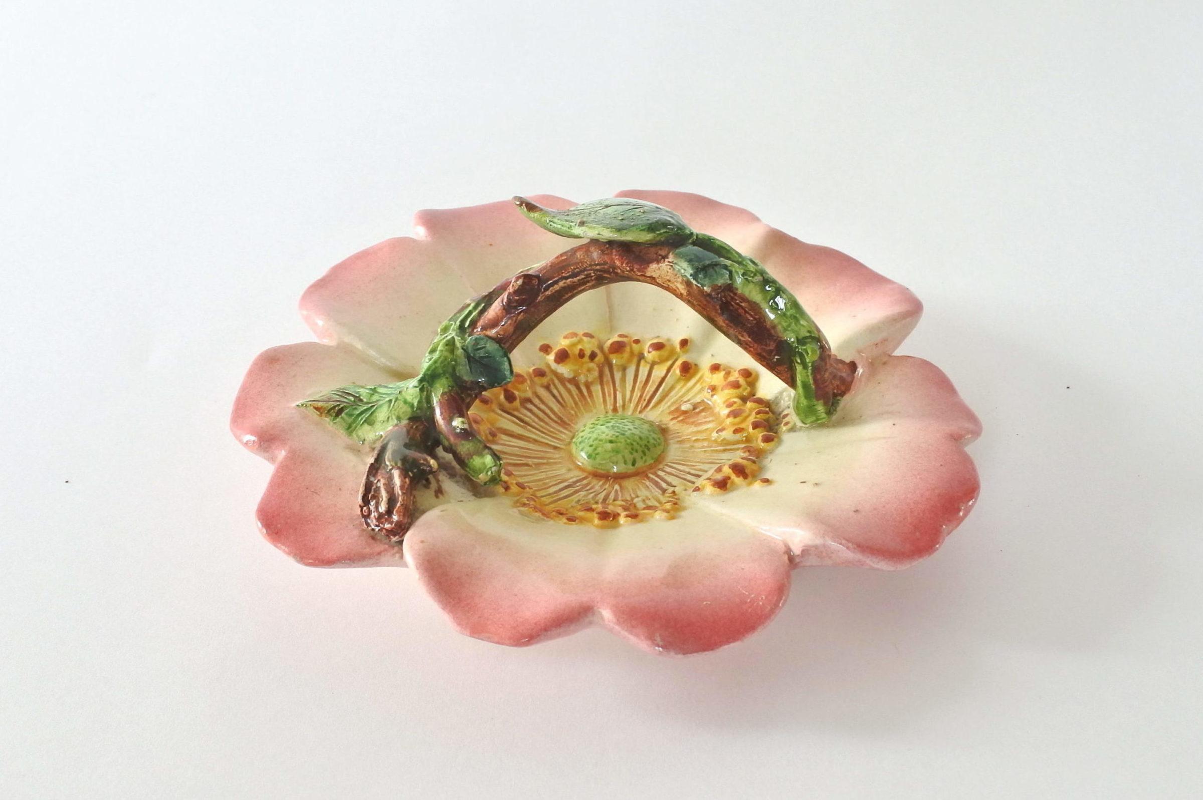 Cestino in ceramica barbotine a forma di rosa canina - Delphin Massier - 5