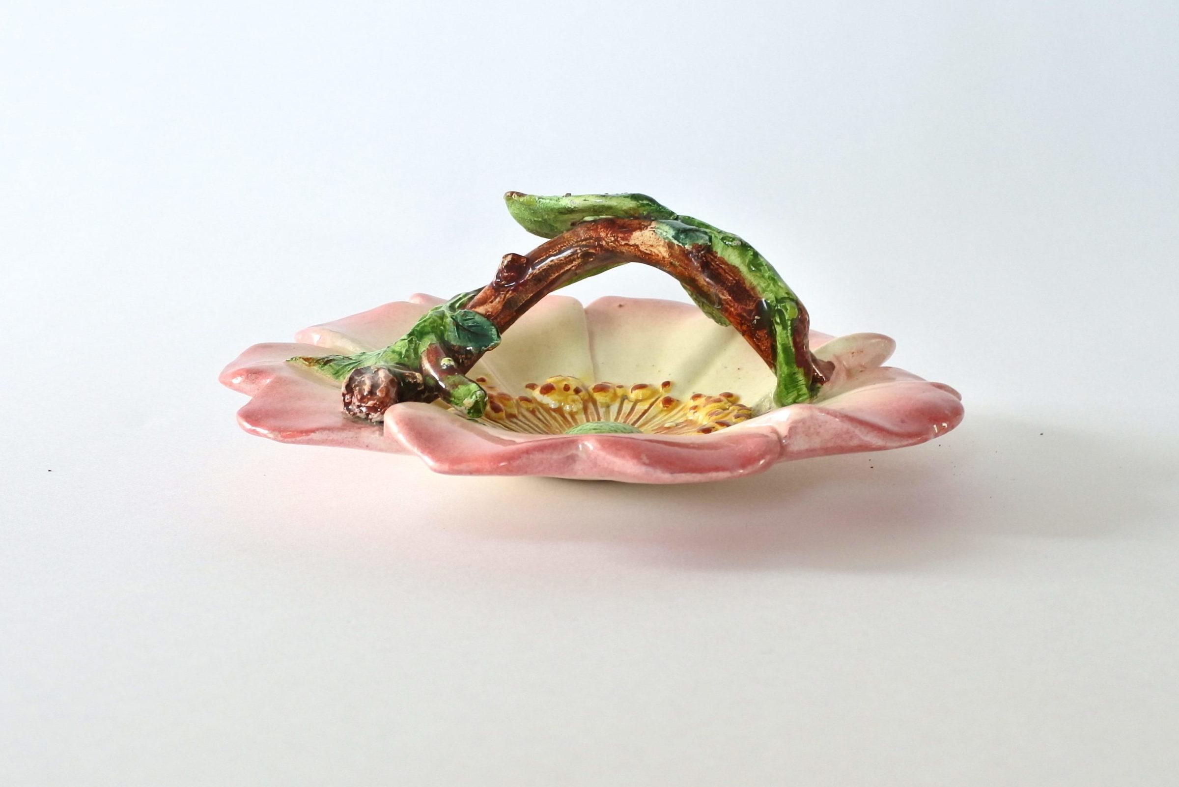 Cestino in ceramica barbotine a forma di rosa canina - Delphin Massier - 6