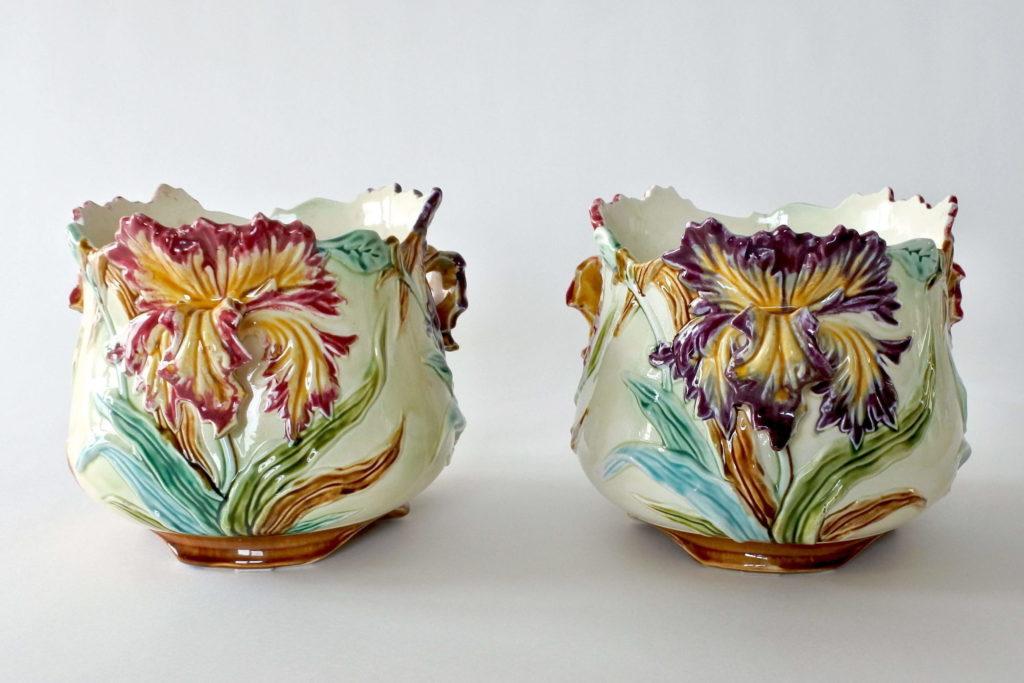 Coppia di cache pot in ceramica barbotine con iris - Onnaing n° 498 - 3