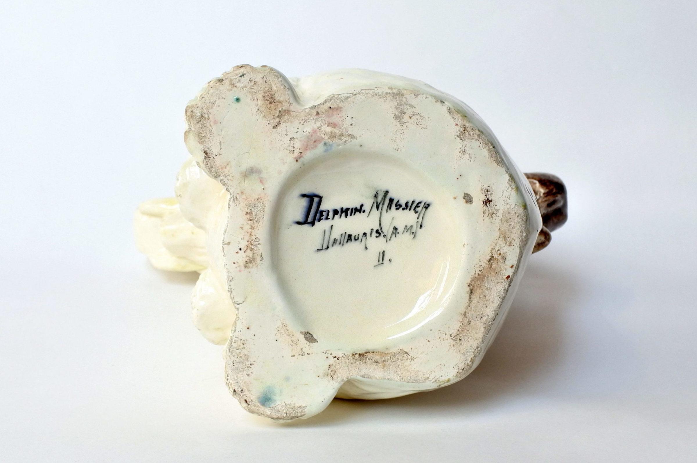 Rarissima brocca Massier in ceramica barbotine a forma di elefante con scimmia - 8