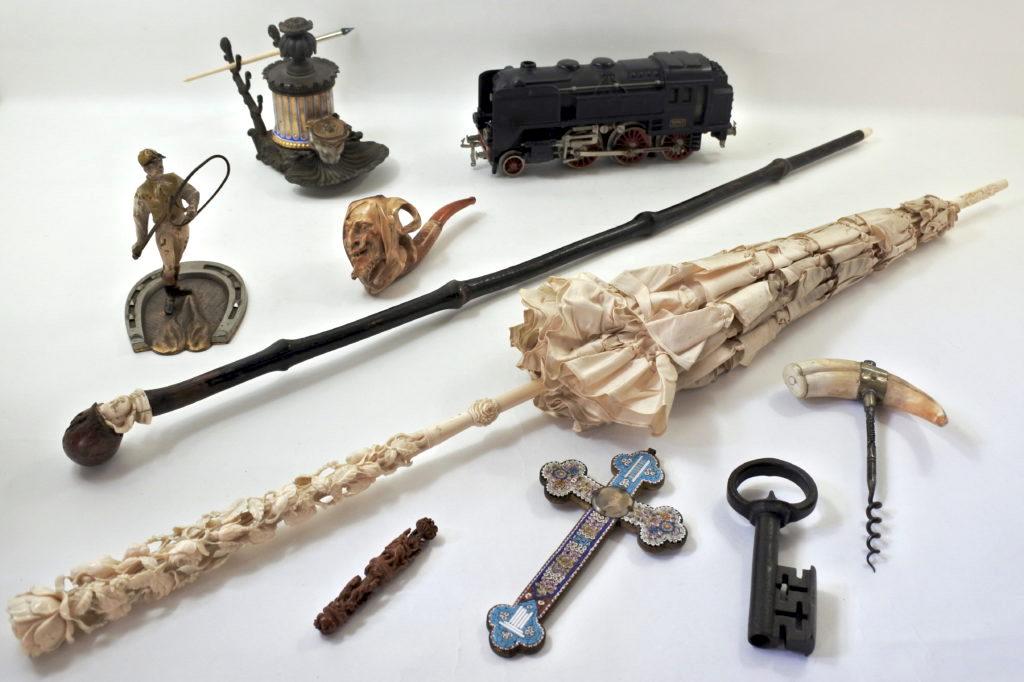 Collezionismo di oggetti antichi e di antiquariato di vario genere