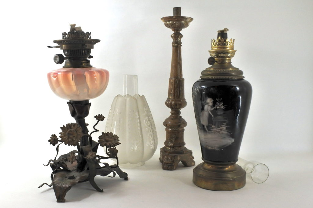 Illuminazione di antiquariato - Lampadari lampade e design