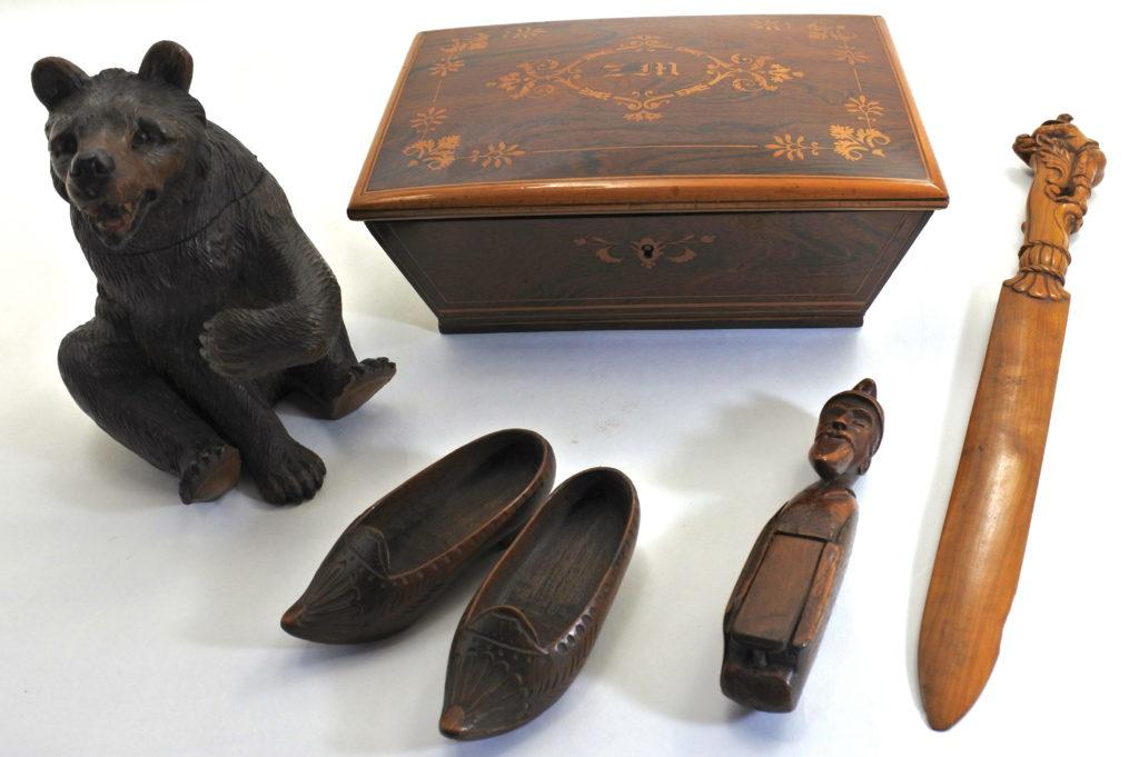 Oggetti in legno da collezionismo antichi e di antiquariato