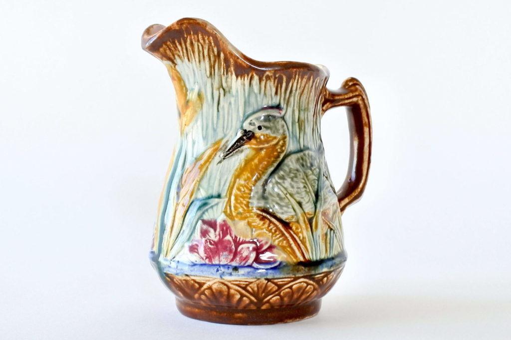 Brocca in ceramica barbotine con anatra