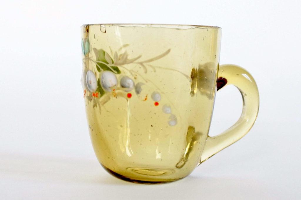 Bicchierino da liquore in vetro soffiato con manico decorato con smalti