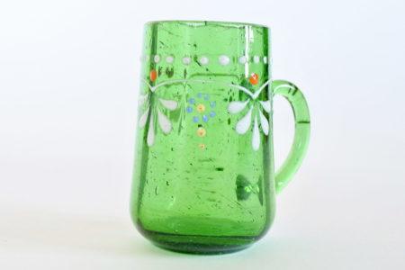 Bicchierino da liquore con manico in vetro soffiato verde decorato con smalti