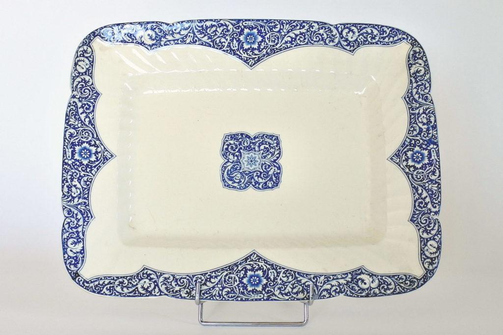 Grande piatto di servizio rettangolare in ceramica di Gien