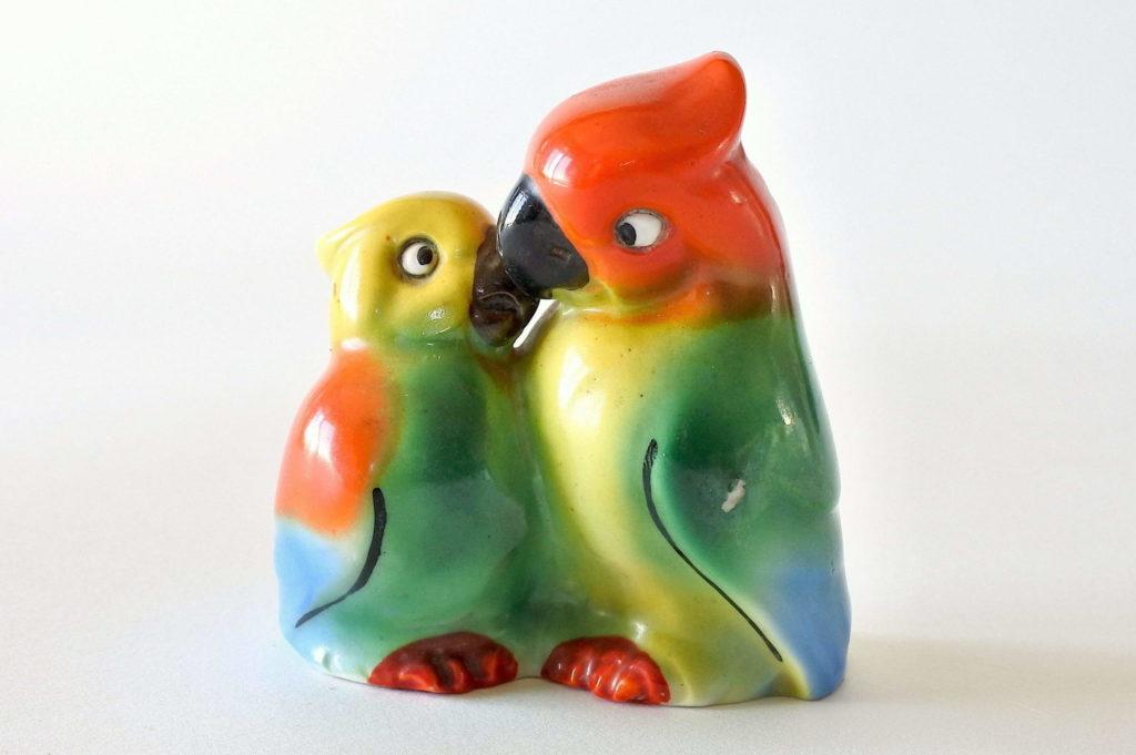 Porta sale e pepe in ceramica a forma di pappagalli