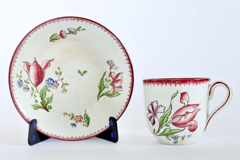Tazzina Sarreguemines in ceramica con tulipano e fiori di campo