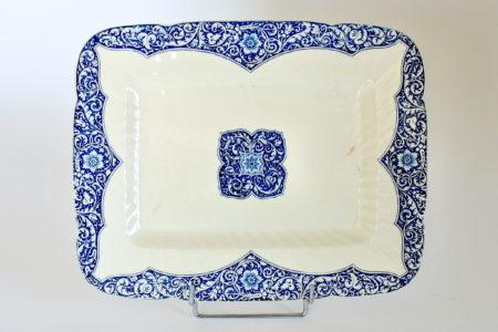 Piatto di servizio rettangolare in ceramica di Gien