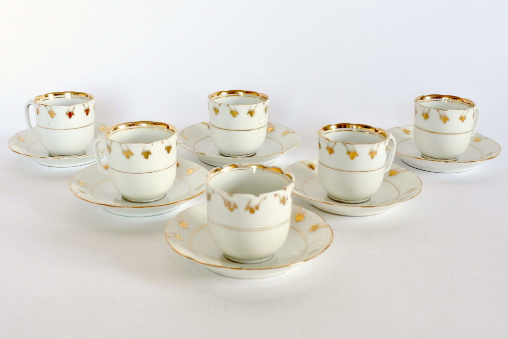 Tazzine antiche in porcellana Vecchia Parigi decorate in oro - 2