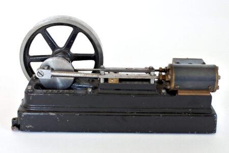Modello a vapore con motore orizzontale Stuart Turner S 50