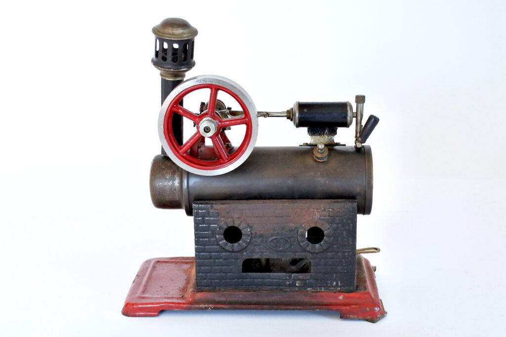 Modello a vapore in latta con motore orizzontale Josef Falk