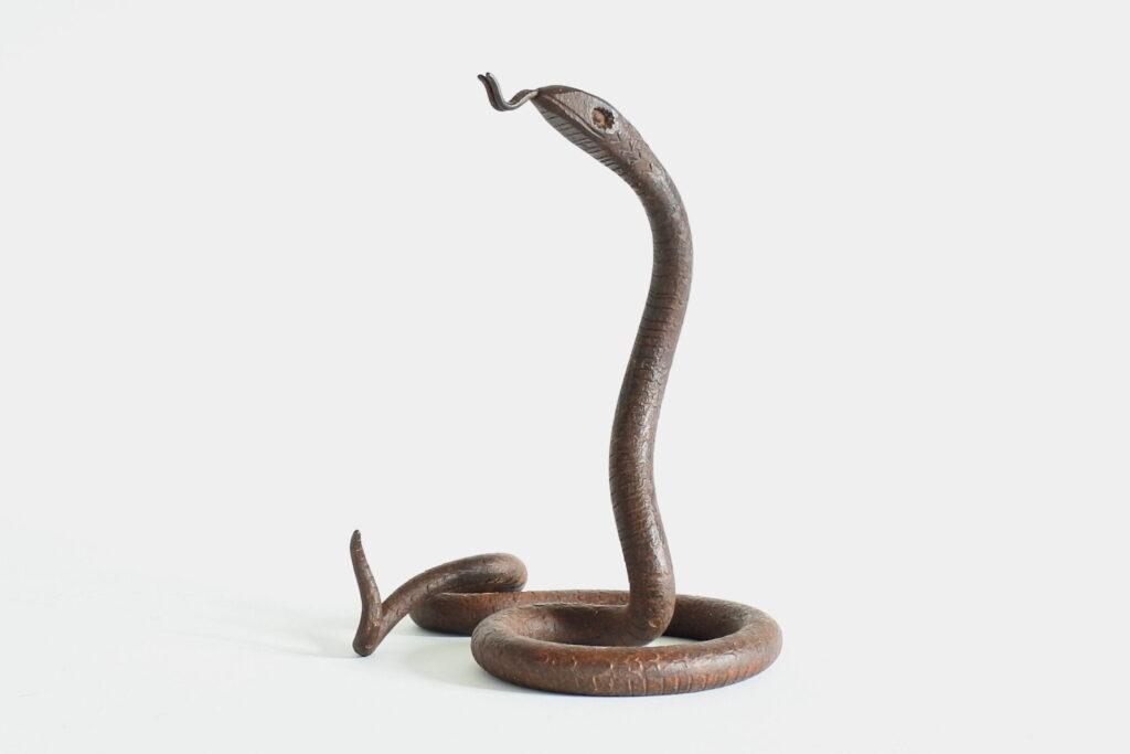 Portaorologi in metallo a forma di serpente