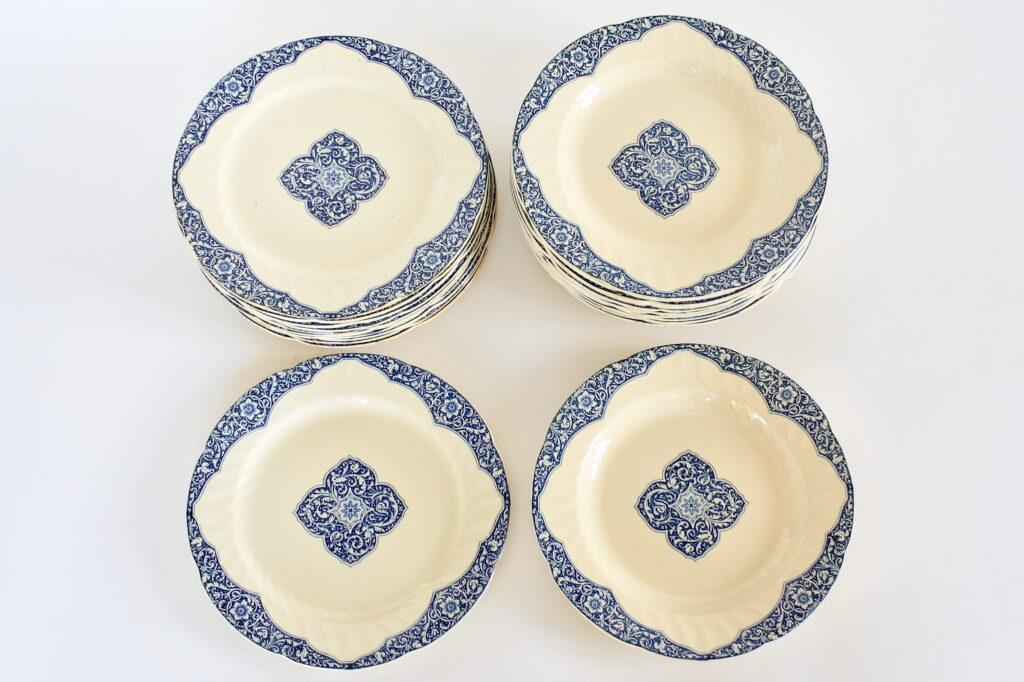 12 piatti piani e 12 piatti fondi in ceramica di Gien