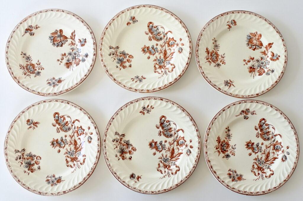 6 piatti da frutta in ceramica di Salins con decoro di fiori su fondo avorio