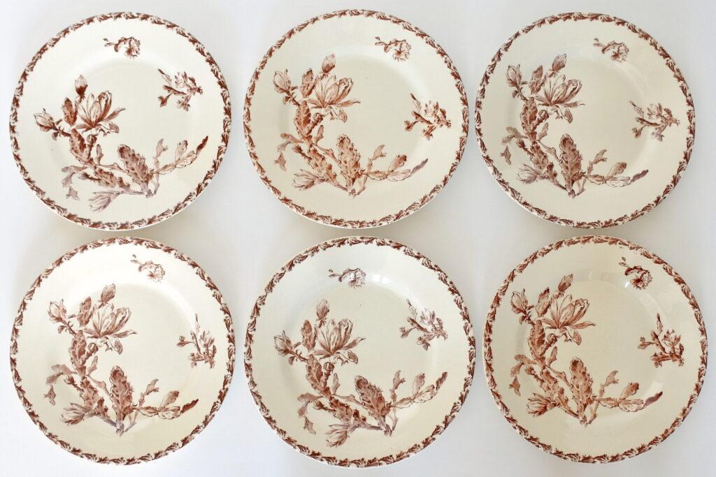 6 piatti piani in ceramica di Gien del 1878 con decoro cactus