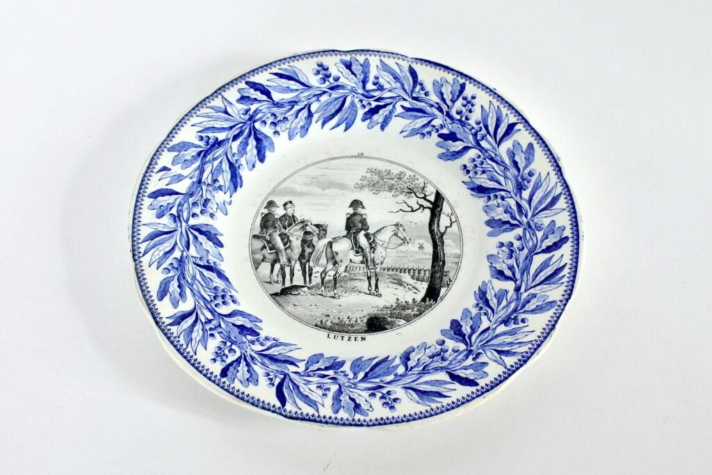 Piatto in porcellana di Creil et Montereau con decoro Napoleonico - Lutzen